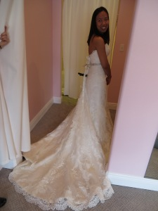 Fon 39 s fabulous stitch fix experience a blog dedicated to for Stella york wedding dresses near me